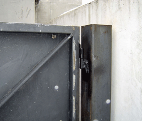 Welded Hinges and Posts